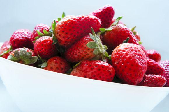 strawberry-1329551-640x426